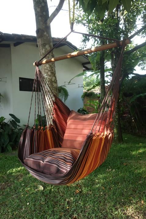 Hangstoel Voor 2 Personen.Aanbieding Hangstoel Xl Caoba Met 2 Kussenslopen Wilma S Wereld